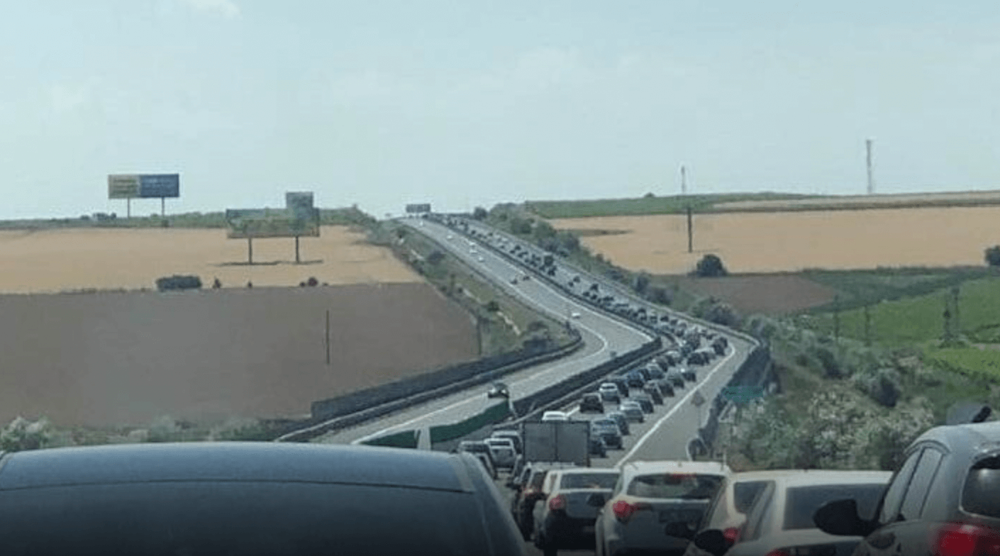 trafic intens autostrada a2 restricții a1